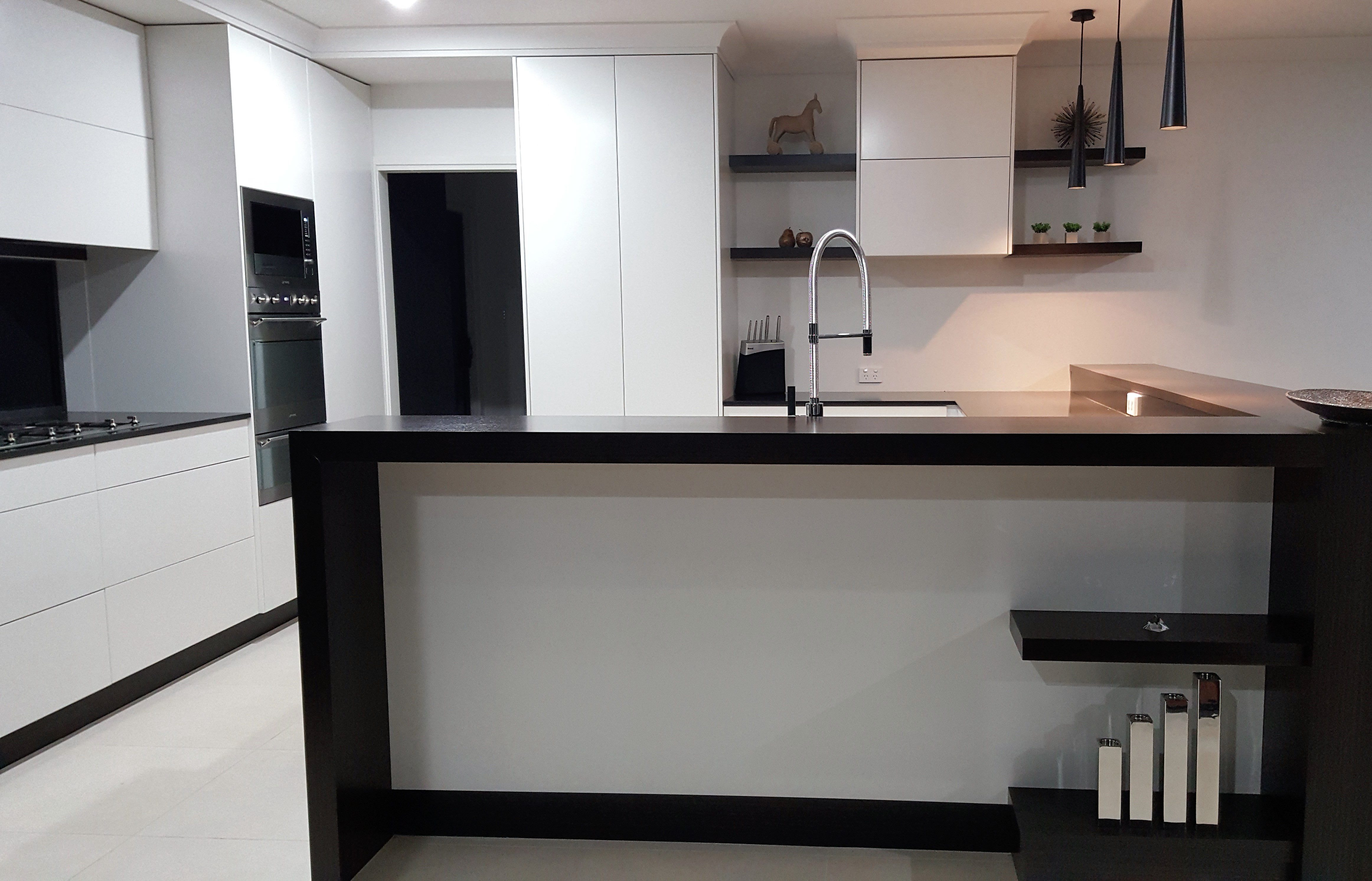 joinery kitchens shop fitting 2 pac finishes retail fitouts